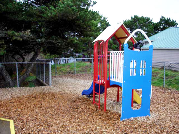Oceanspray Family Center: Playground